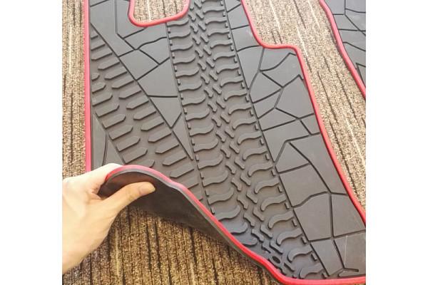 Picture of a Suzuki SN413 09-17 Jimny Floor Mat